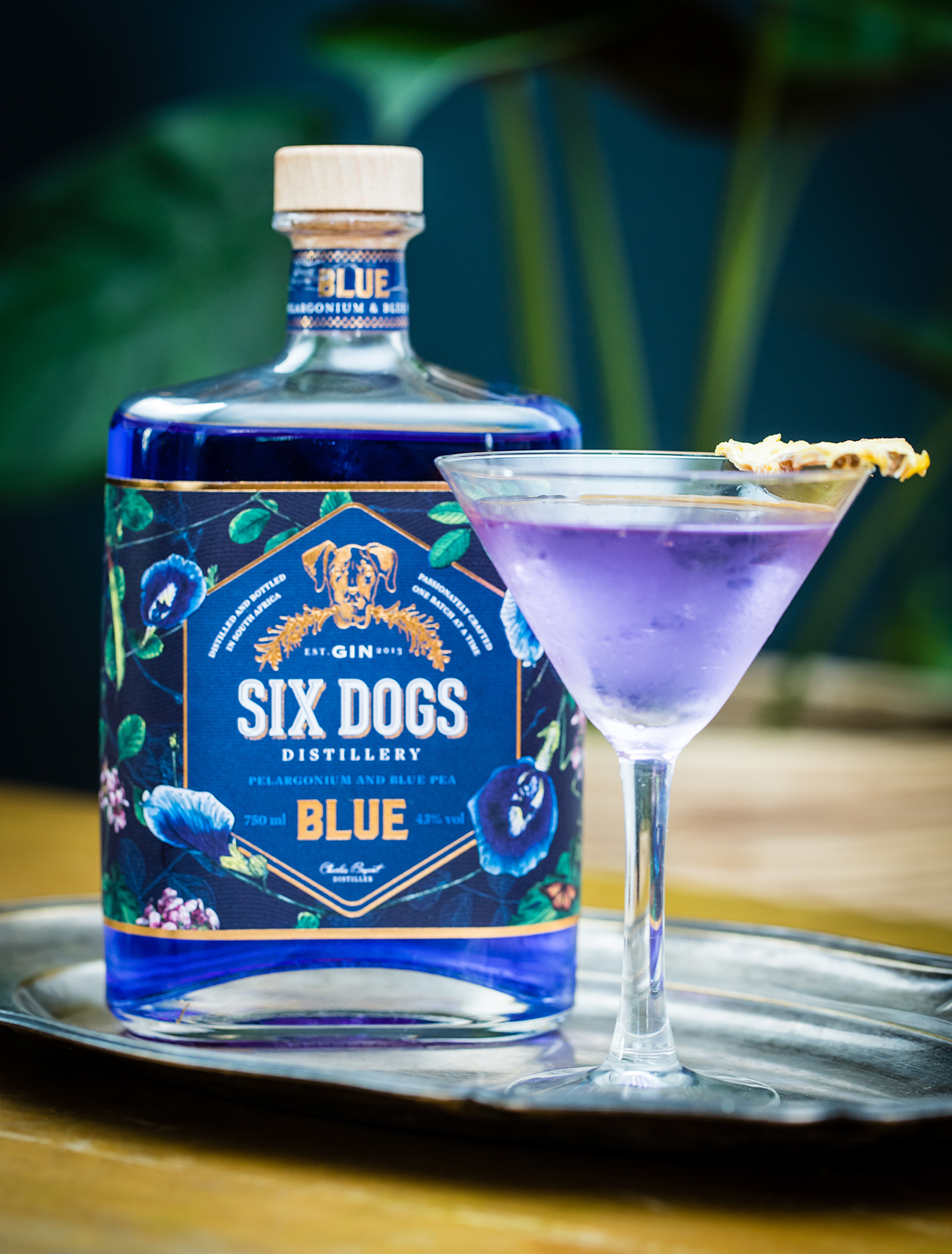 Six Dogs Gin - Six Dogs Blue Gin
